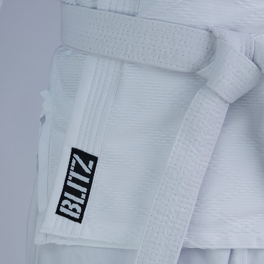 How to size a Karate Uniform - YouTube